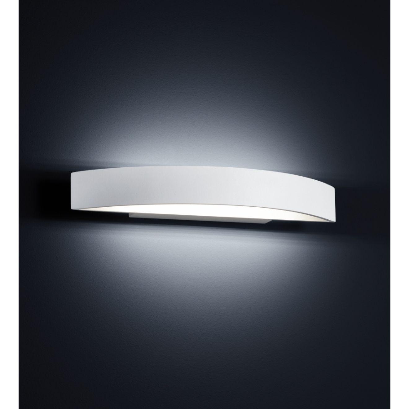 yona wandlampe helestra 18w weiss 38. Black Bedroom Furniture Sets. Home Design Ideas